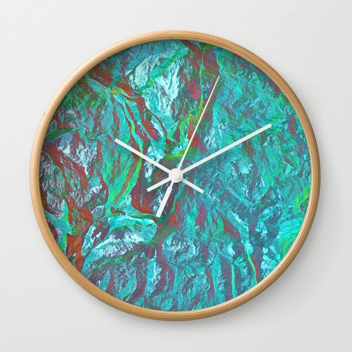 Holographic gradient Wall Clock